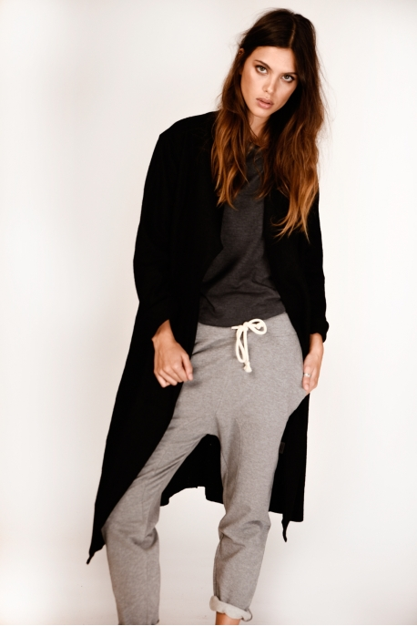 casual pants with pocket