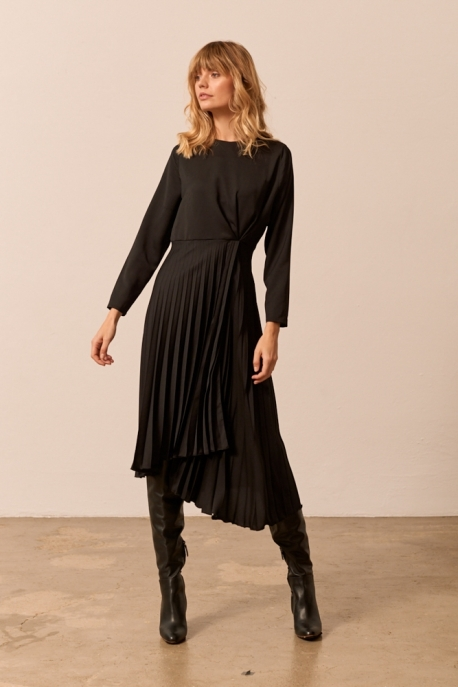 black pleated dress