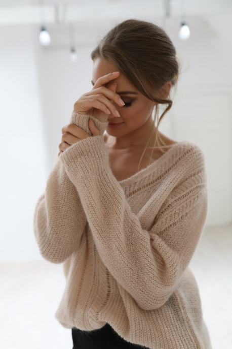 sweater v-neck