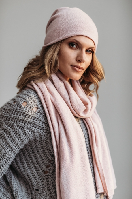 wool scarf and hat with cashmere